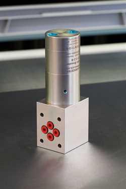 MiniBooster HC3-4.0-B-D  Subplate Mounted Intensifier Image